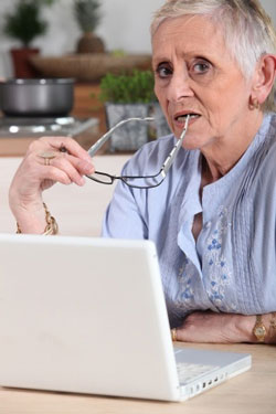 Internet Surfing 101: Tips for Seniors Just Starting Out Online