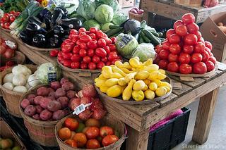 5 Farmer's Market Finds You Should Eat for Healthier Senior Life