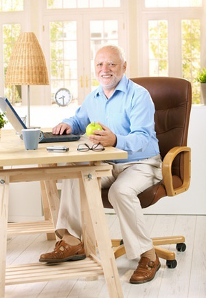Keep Your Online Life Safe: An Internet Safety Refresher for Seniors