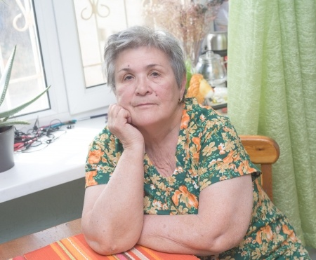 Living Alone with Alzheimer's