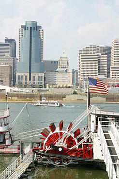 Boats on the Ohio River in Cincinnati