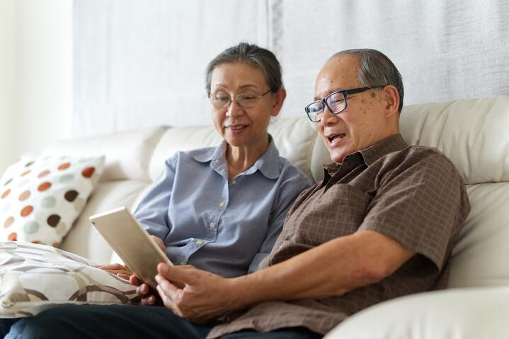5 Tech Tips for Seniors During the COVID-19 Pandemic