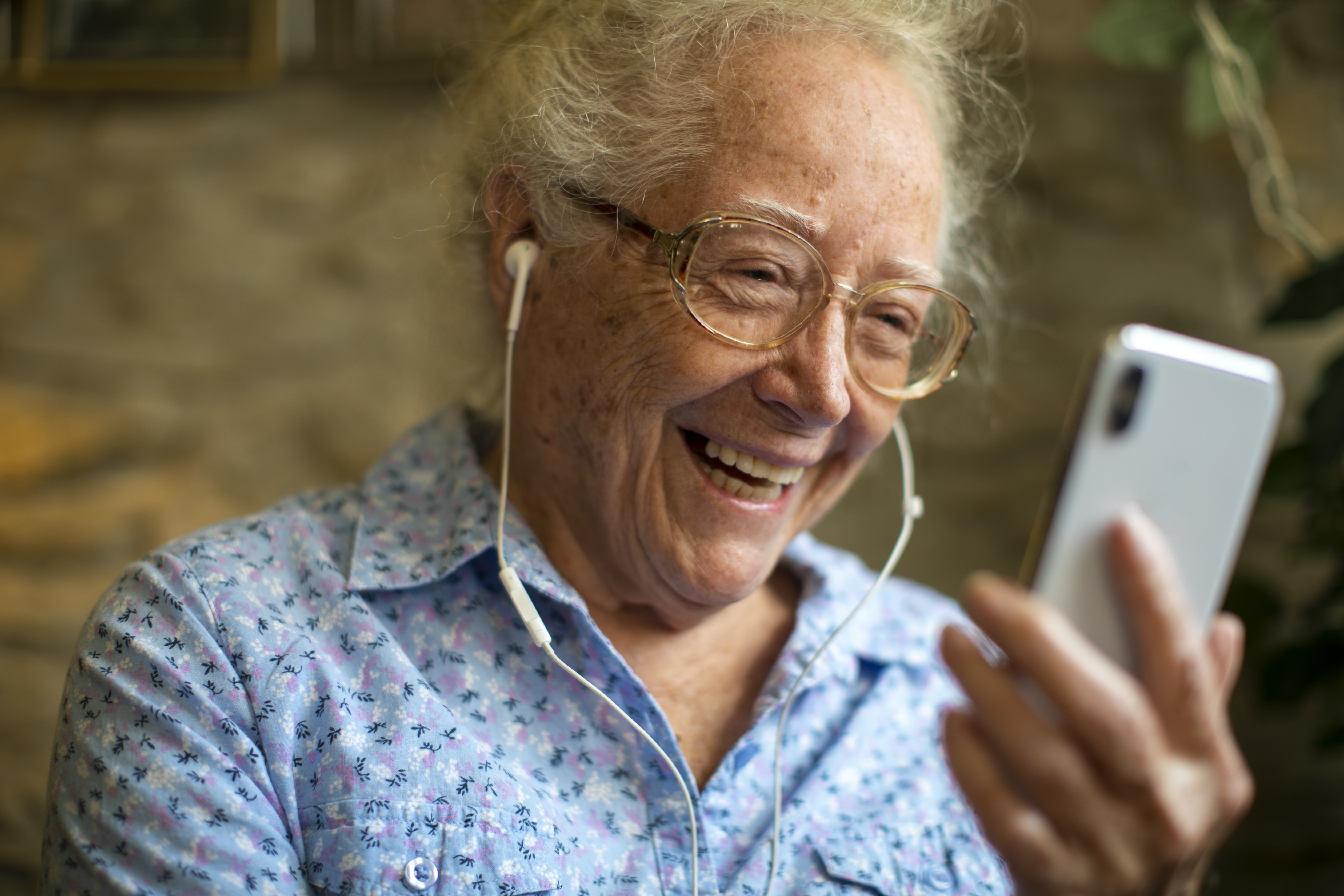 9 Podcast Recommendations for Seniors & Caregivers