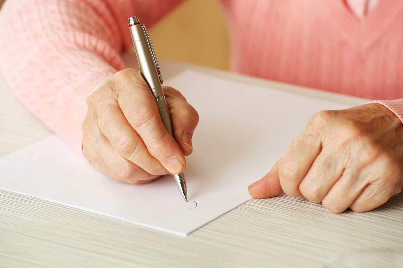 Senior_Writing.jpg