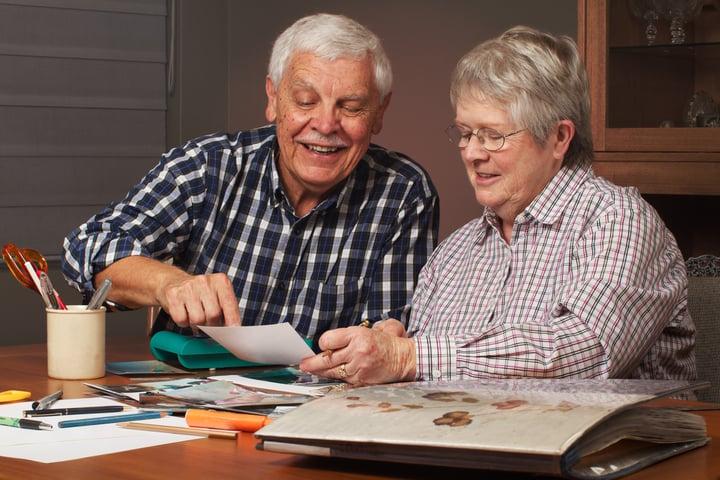 The Dementia Caregivers Guide to Scrapbooking