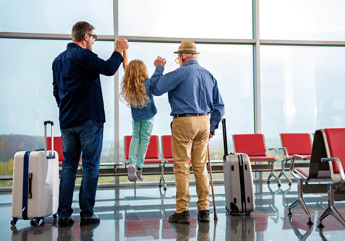 Holiday Travel Tips for Older Adults With Memory Loss