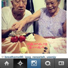 elderly-instagram.jpg