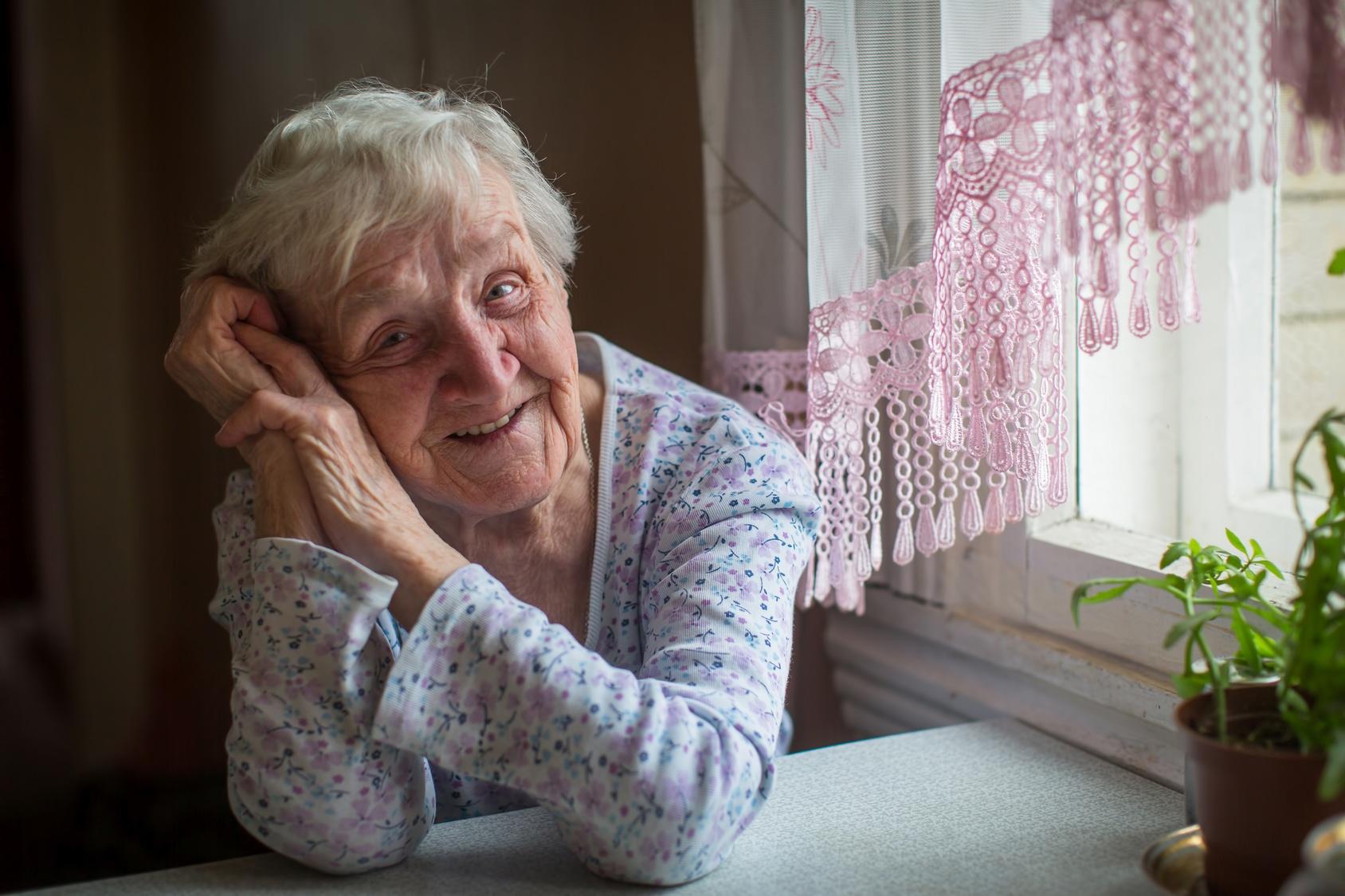 elderly-woman-in-her-home