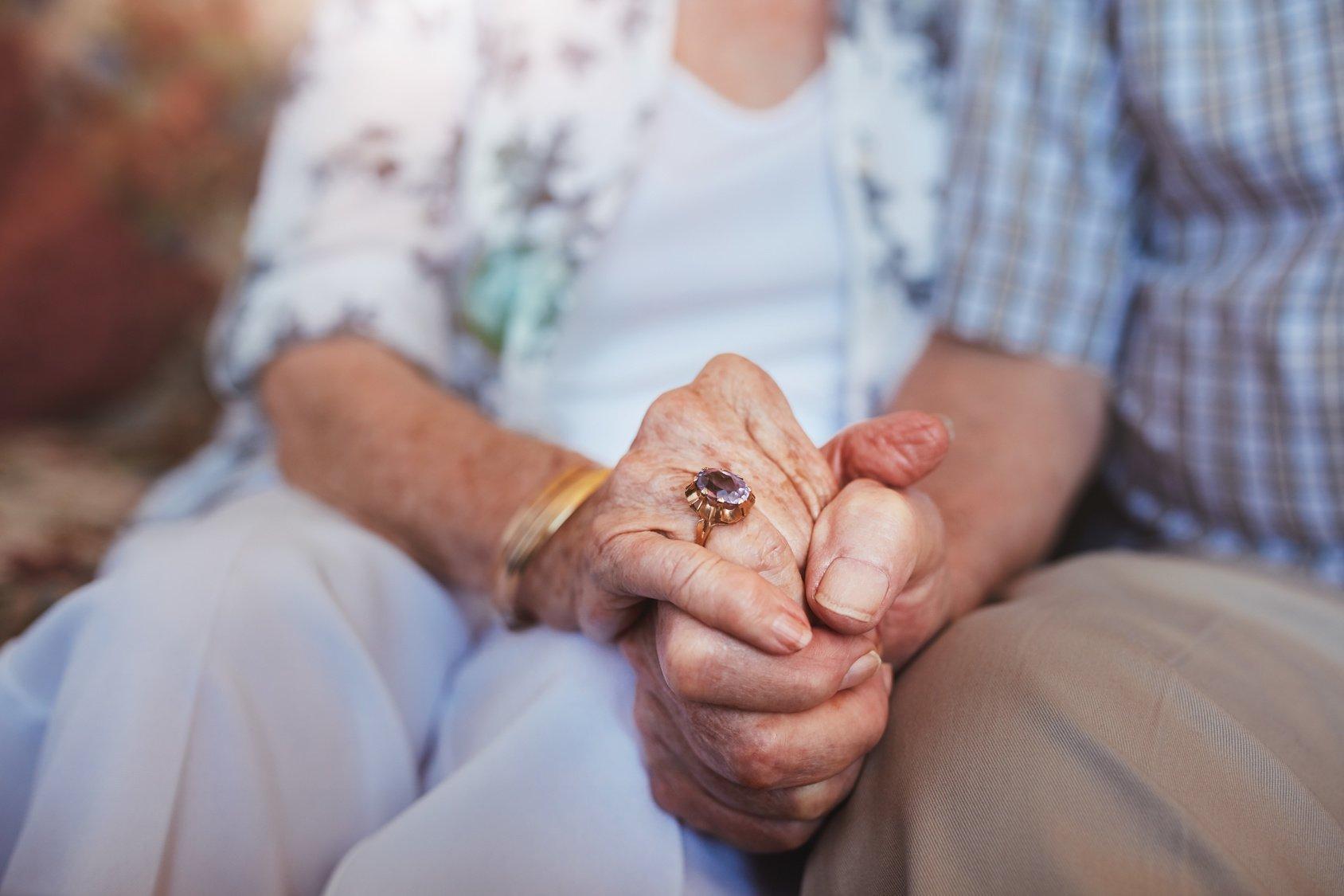 Tips for Understanding and Managing Difficult Dementia Behaviors