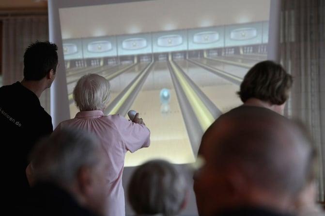 wii-bowling.jpg