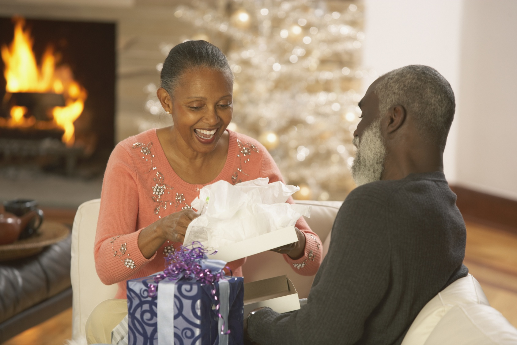 7 Holiday Warning Signs Your Elderly Parent Might Have Memory Loss