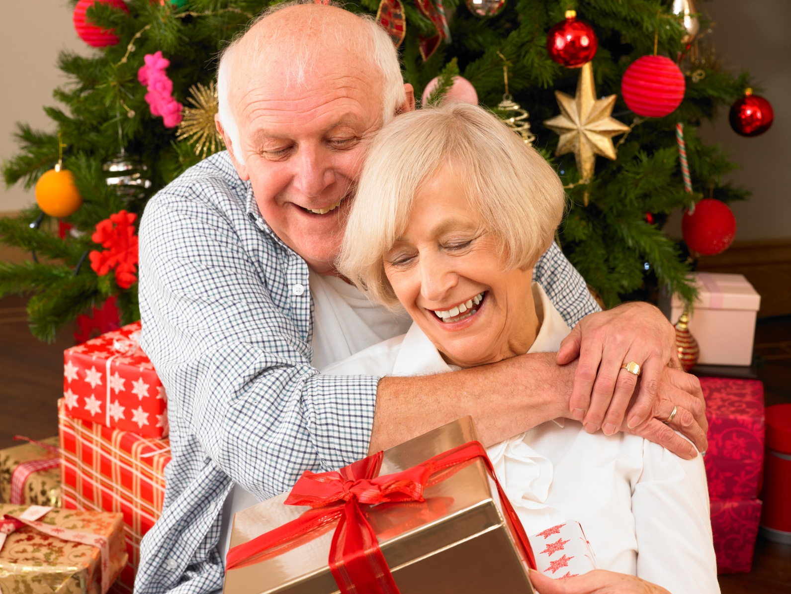 3 Ways ERS Helps Seniors and Their Families Over the Holidays…and Year-Round
