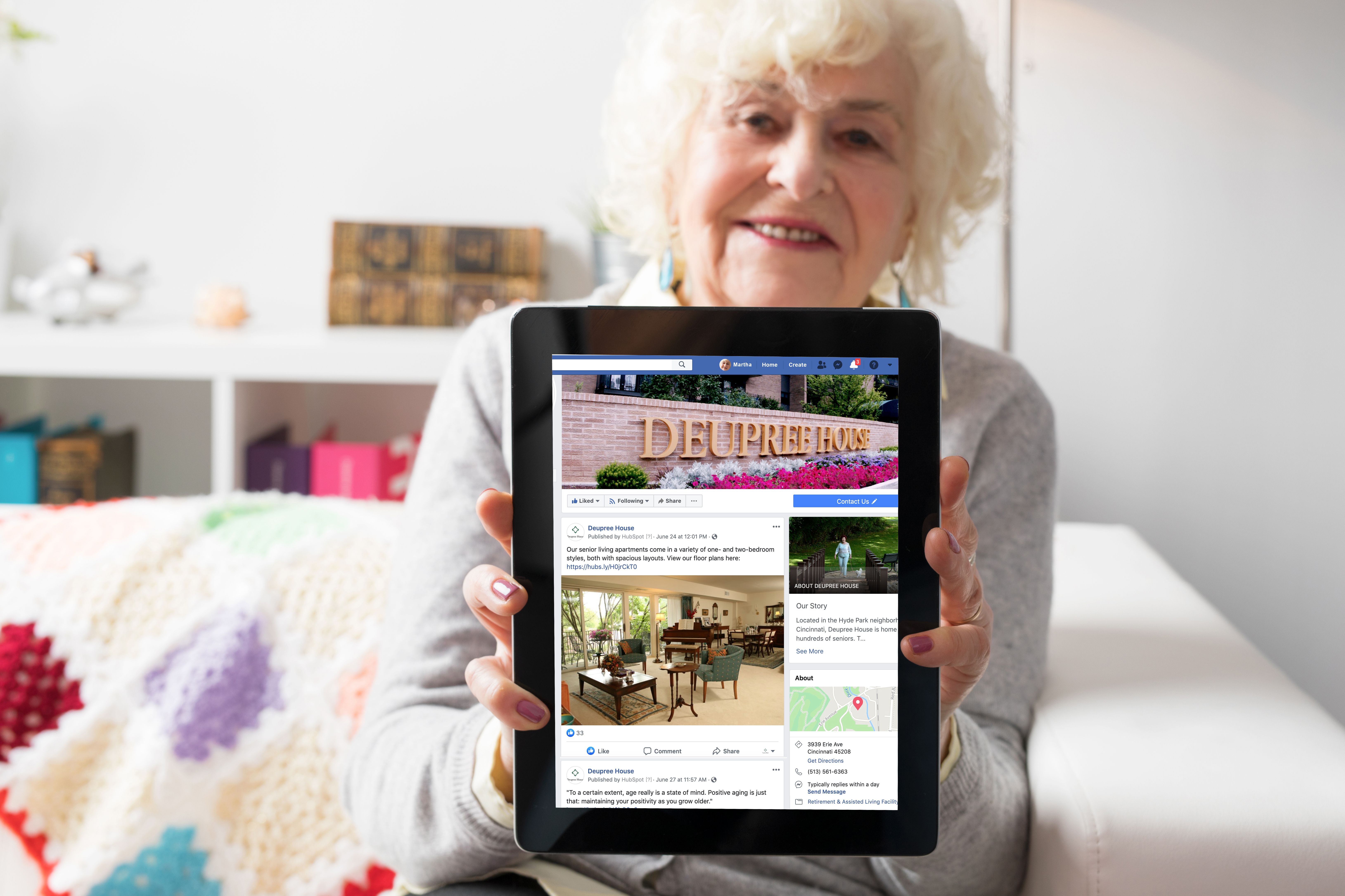 Embracing Technology & Lifelong Learning in Deupree House's iPhone & iPad Class