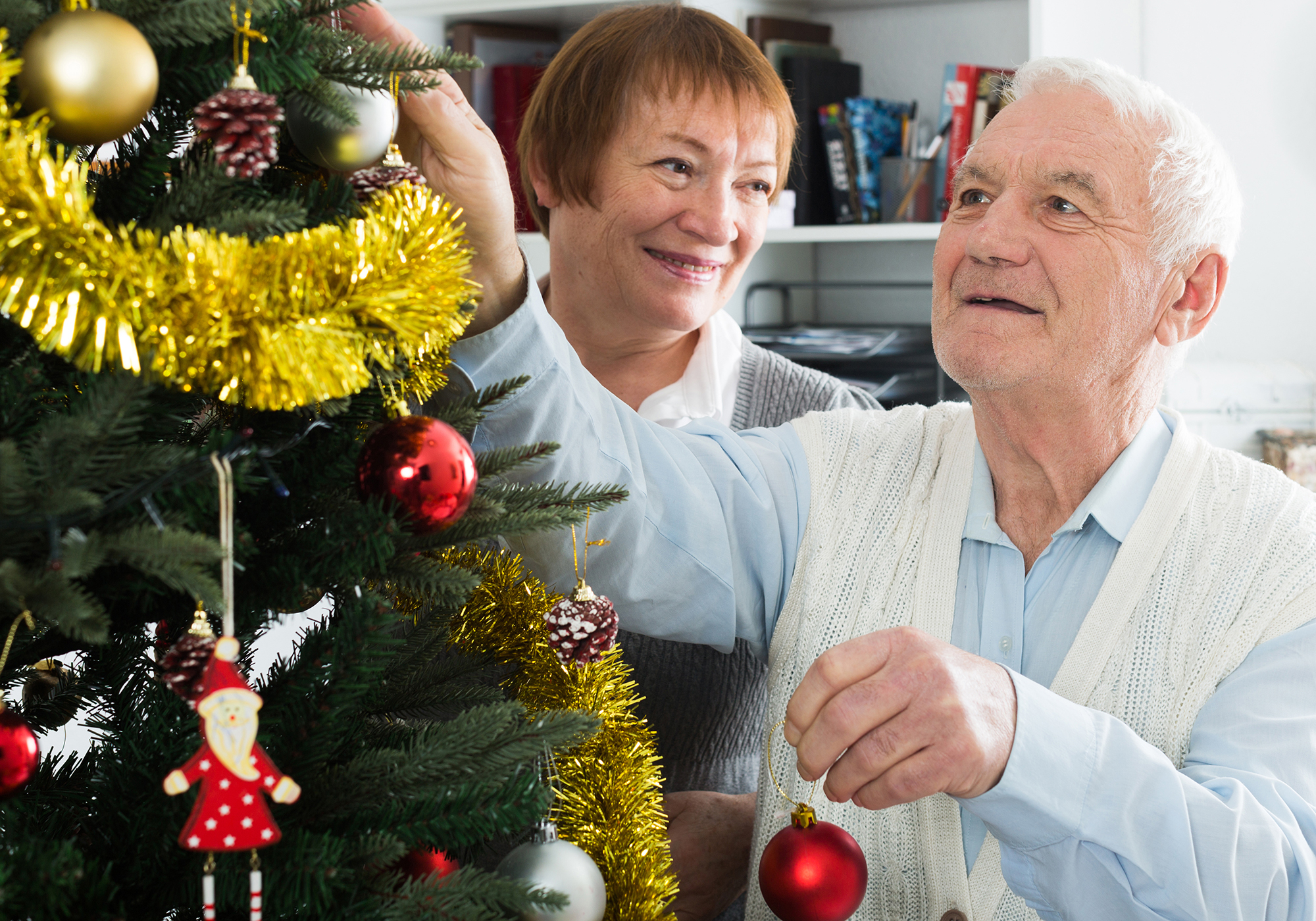 6 Tips for Managing Caregiver Stress Over the Holidays