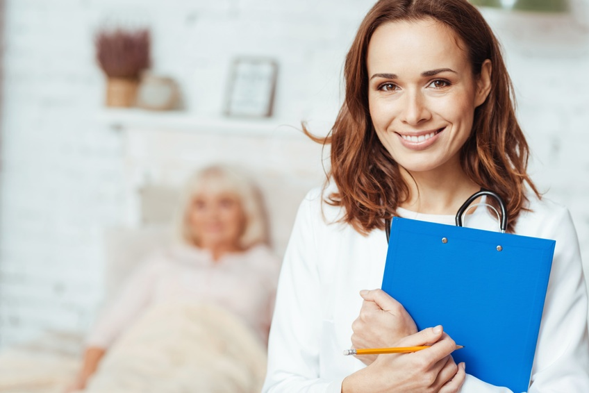 4 Great Reasons to Consider a Career in Senior Care with Episcopal Church Home