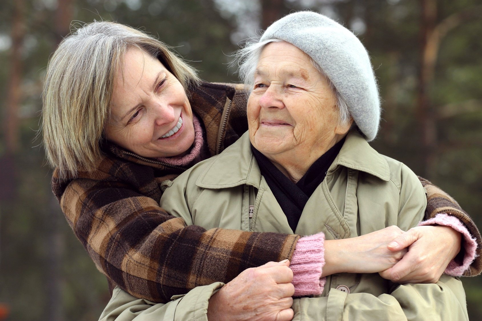 How to Help Your Elderly Loved One Keep a Positive Attitude About Aging