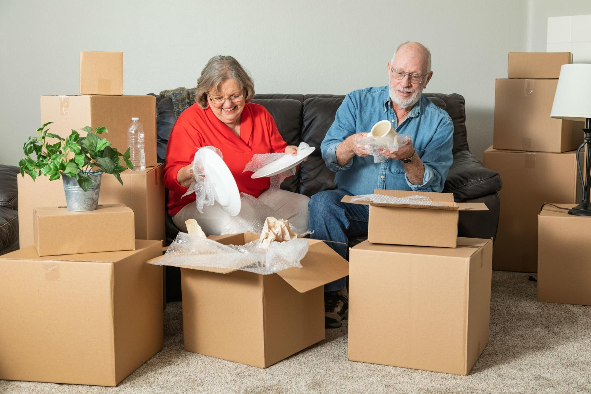 How to Prepare Your Senior Loved One for a Move Into Long-Term Care