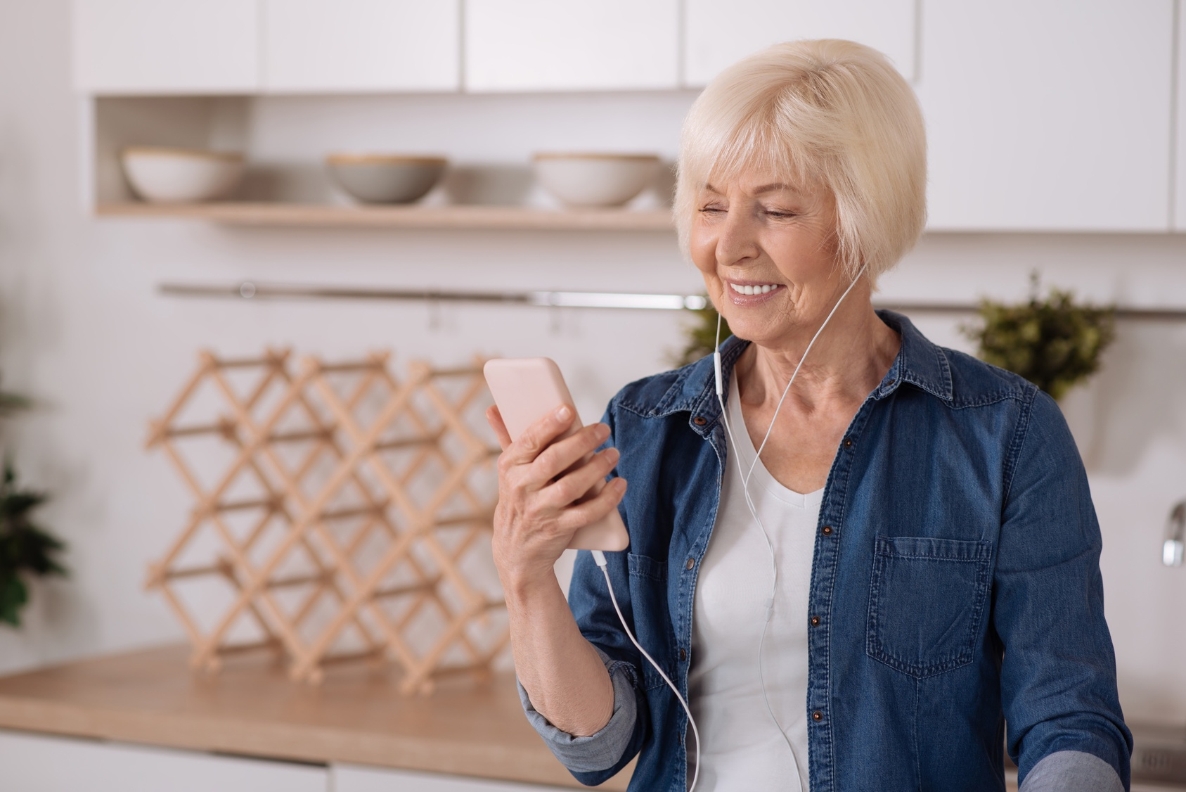 How Technology Is Important for Healthy Aging