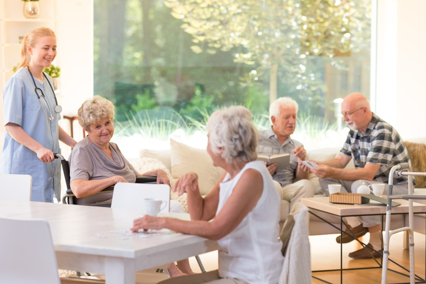 8 Tips For Your First Few Months In A Senior Living Community