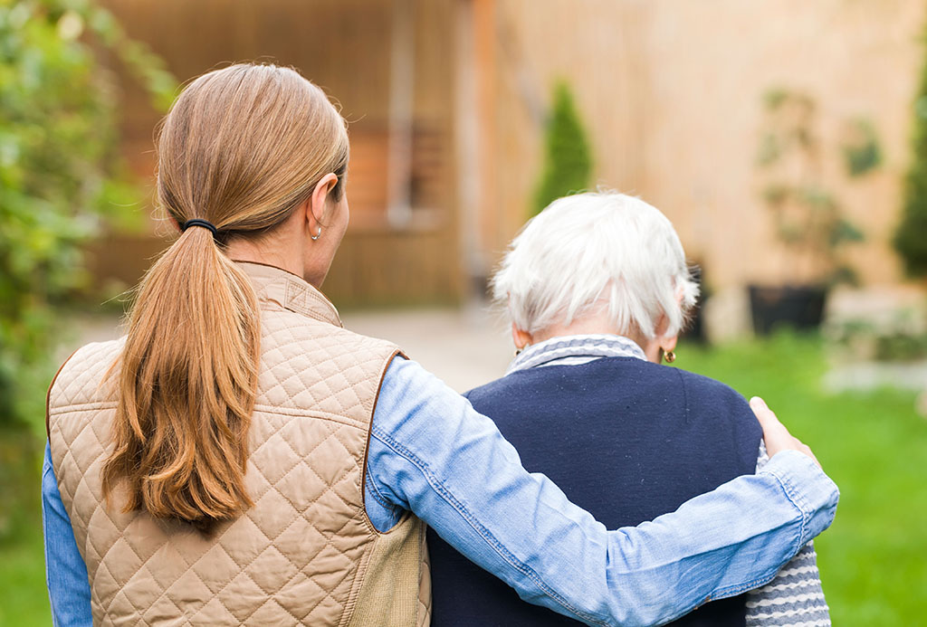 10 Questions to Ask When Choosing a Long-Term Care Community