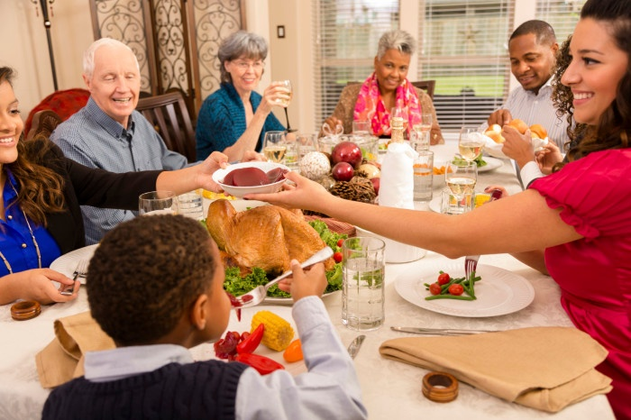 Make the Most of Thanksgiving with Your Elderly Loved Ones